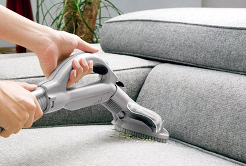 foto consejos para el lavado de sofas, sillas, pantallas de lámapara y cabeceros
