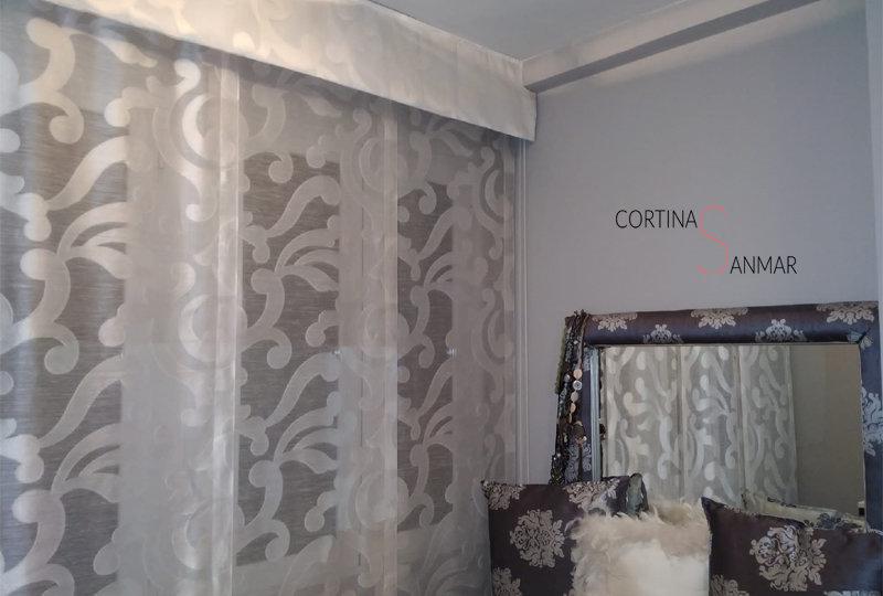solución para colocar una cortina con una viga en el techo copy