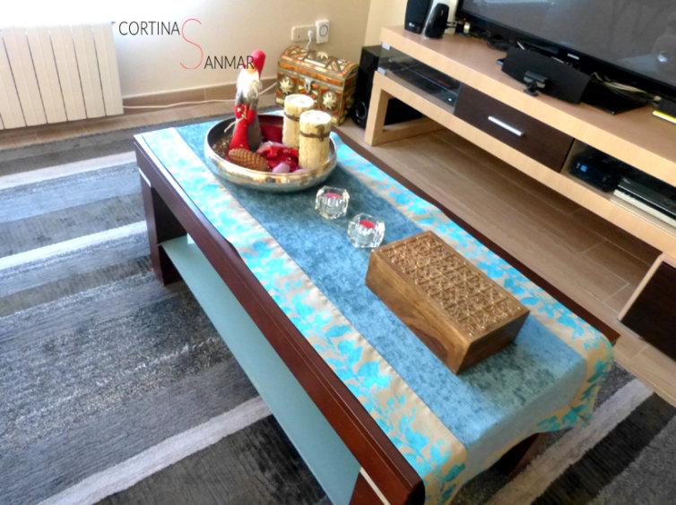 Camino de mesa en tonos turquesa