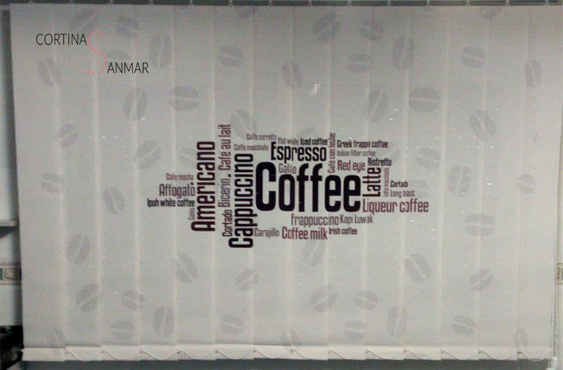 cortina vertical imprimida para cocina copy