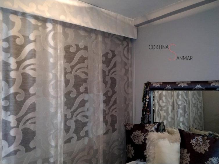 Panel japonés con tejido clásico