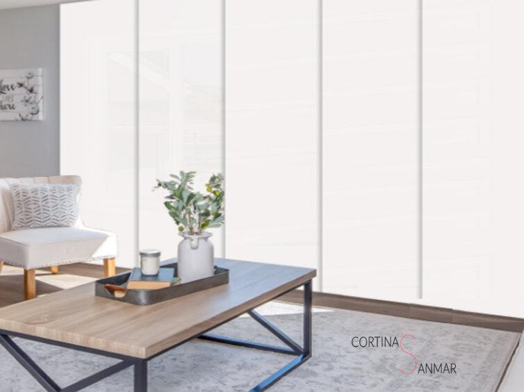 Panel japonés blanco para una entrada de luz perfecta.