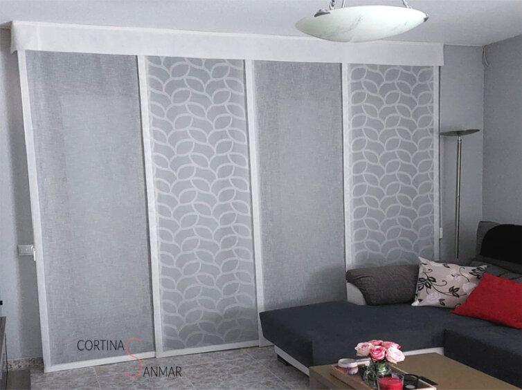 Panel japonés de textil combinando motivos geométricos